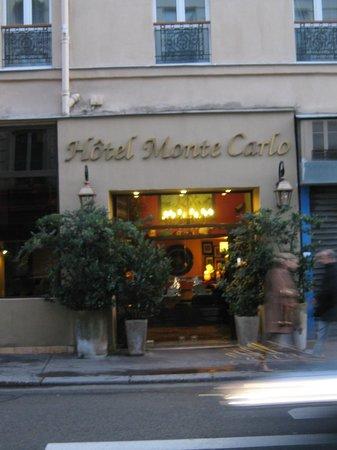 Hotel Monte Carlo : Outside