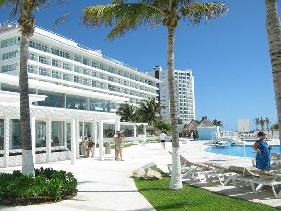 Krystal Cancun :                   beach
