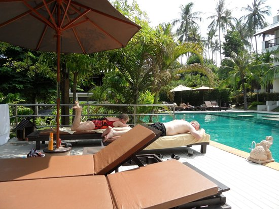 Lamai Buri Resort:                   Pool area