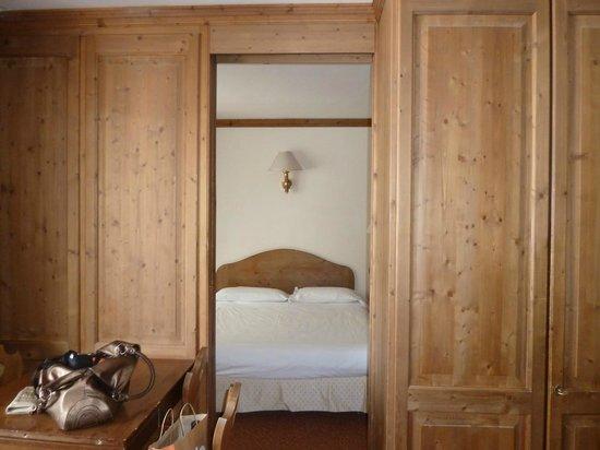Hotel Alaska Cortina: Dal salotto