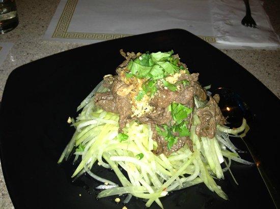Basilic Vietnamese Grill:                   Papaya Salad