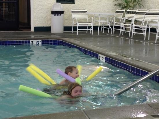 Homewood Suites by Hilton Minneapolis - Mall of America:                   kids in pool