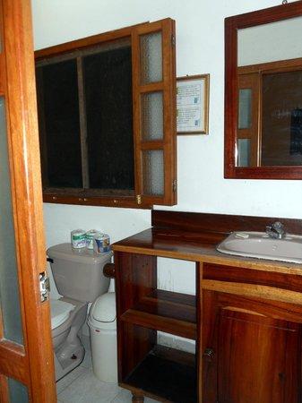 Bagno foto di finca ixobel hotel ecologico poptun tripadvisor - Bagno ecologico prezzi ...