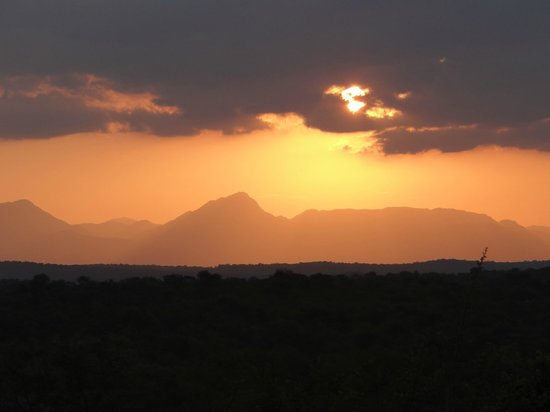 Garonga Safari Camp:                                     The best sun downer spot!