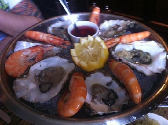 The Dirty Habit Restaurant: seafood platter