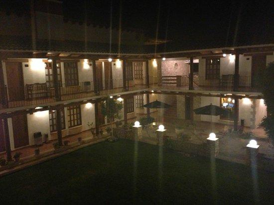 Hotel Parador Margarita:                   Il cortile interno