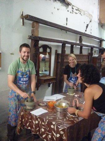 Bumbu Cooking Class :                   Bumbu fun!