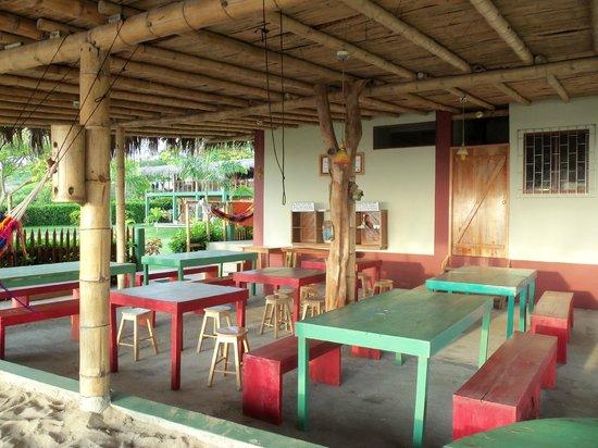 Hostal Kundalini:                   desayunador