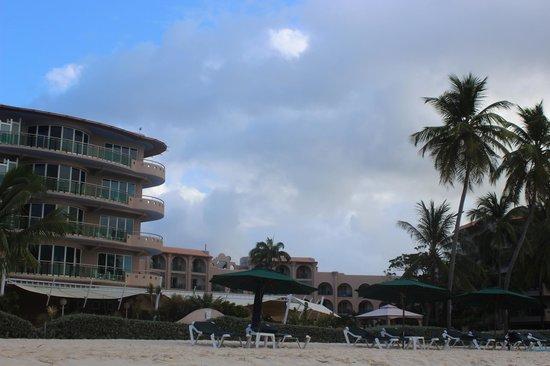 Accra Beach Hotel & Spa:                                     Hotel