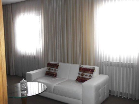 Hotel Brass : Zimmer