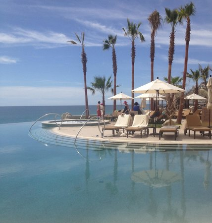 Grand Solmar Land's End Resort & Spa:                                                                         Infinity pool