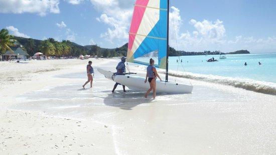 Jolly Beach Resort & Spa :                   Katamaran
