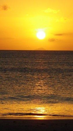 Jolly Beach Resort & Spa :                   Coucher de soleil