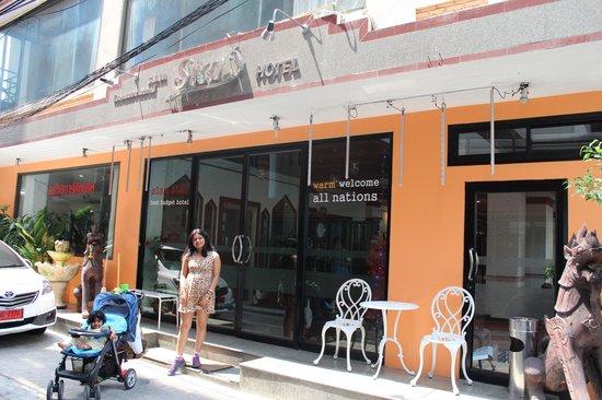siam star hotel, bangkok