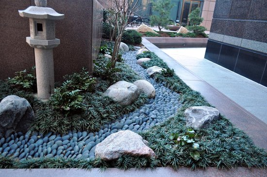 Dallas Arts District:                   Japanese miniature garden at the Trammell Crow