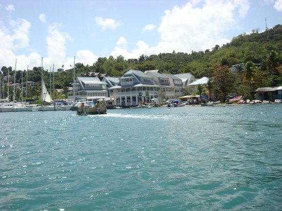 Chateau Mygo Villas: Marigot Bay Marina