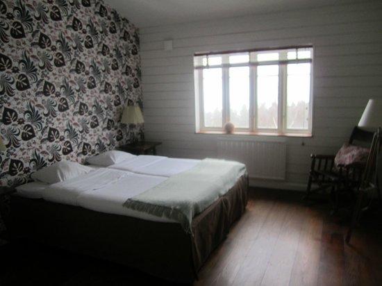 The Lodge: room