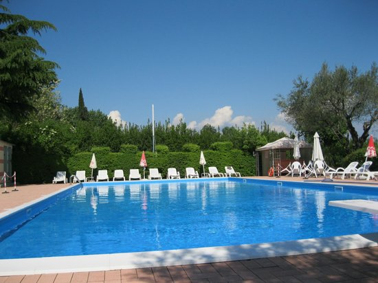 Villa Ferretti :                                     The great pool!