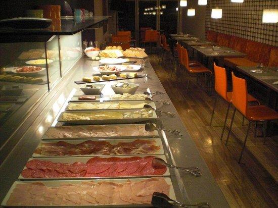 NH Ciudad de Mallorca:                   ontbijtbuffet