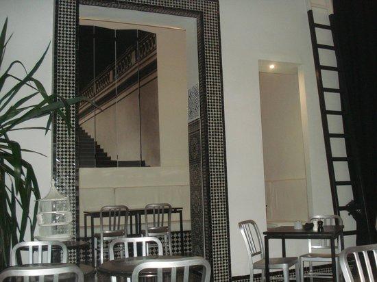 Restaurant Numéro 7 : Intérieur