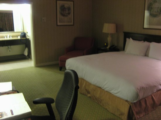 Hilton St. Louis Frontenac: my room