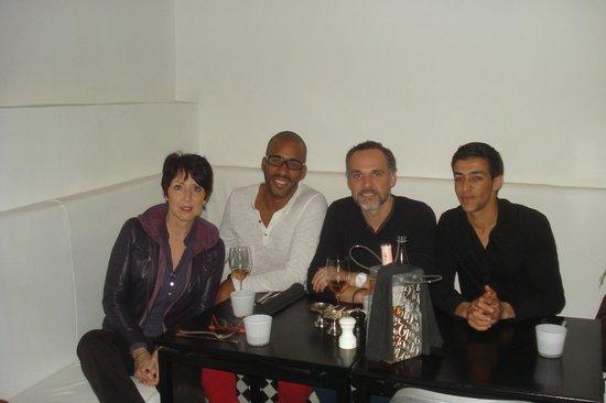 Nur Restaurant: Nous quatre