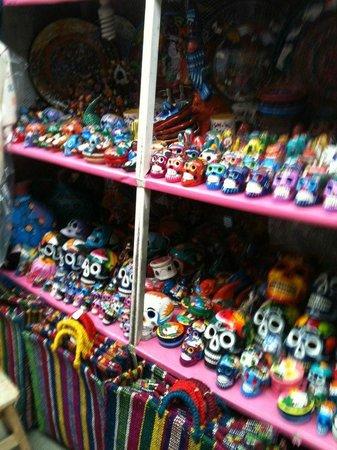 Mercado de Artesanias La Ciudadela :                   Crafts from all over Mexico