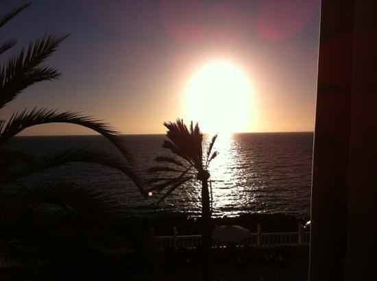 Club Puerto Atlantico:                   sunset in February
