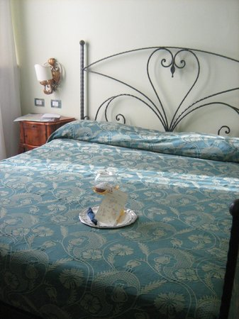 Hotel David:                   Camera da letto