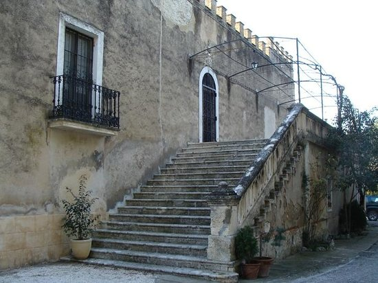 Casa rural Masia El PInet:                   Fachada