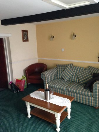 Hare and Hounds Hotel:                   The lounge area