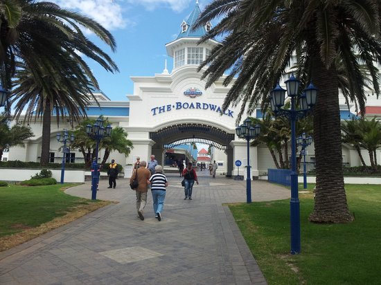 Summerstrand, South Africa:                   Main Beach Gate