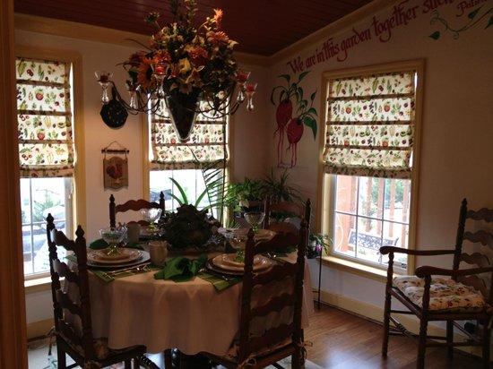 Chestnut Inn: Kitchen