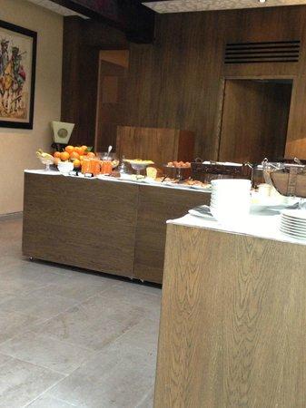 Riad Fes - Relais & Chateaux: Buffet colazione