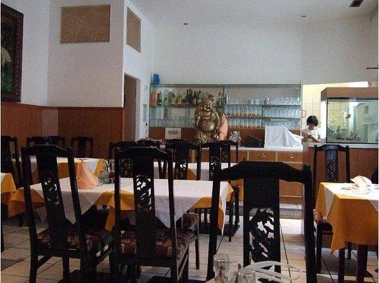 Restaurant Grillhaus Hong Kong:                   inside