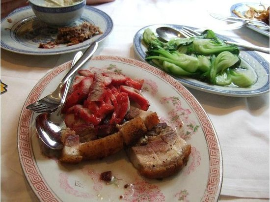 Restaurant Grillhaus Hong Kong:                   delicious grilled porks and stir fried vegies