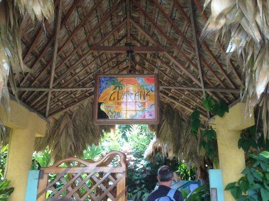 Hotel Guarana:                   Entrée de l'hôtel