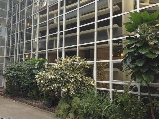 Gilmer Apartment Hotel: Hotel Exterior