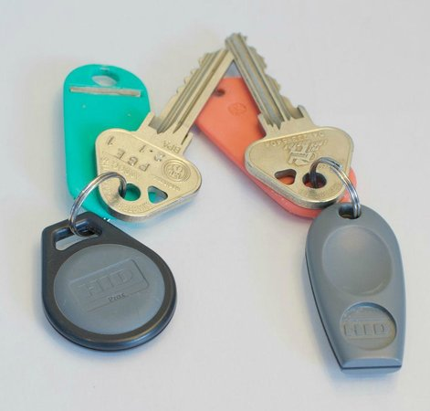 غيلمر أبارتمنت هوتيل: Typical Room Key Sensor Card Example