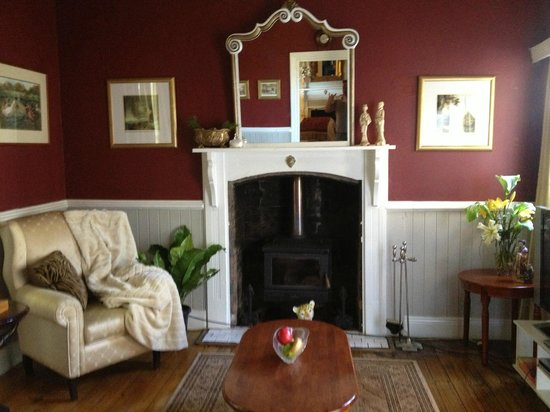 Willow Lodge:                                     Fire place suite