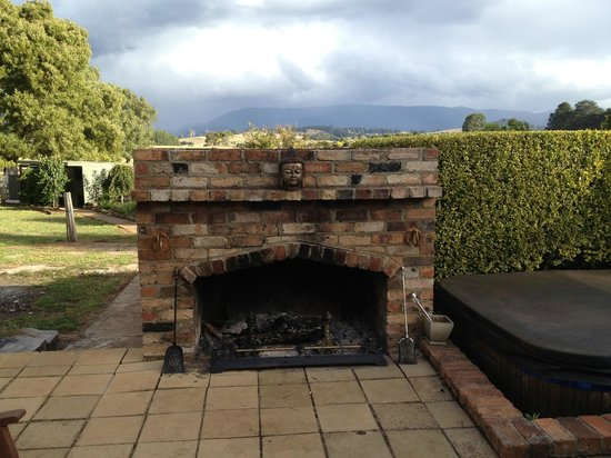 Willow Lodge:                                     Outdoor fire place and spa