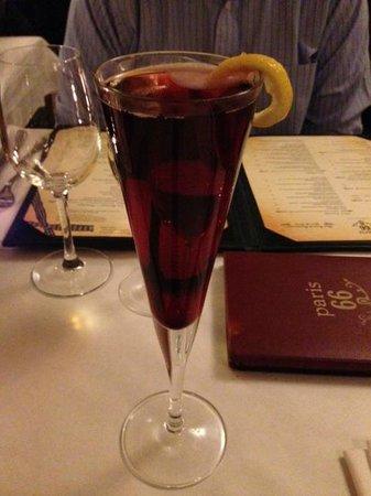 Paris 66:                   Kir Royale