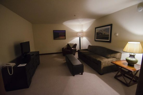 "BlueSky Breckenridge: Extra ""den"" area off to the side- could be bedroom with pull out couch, very dark"