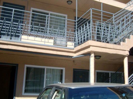 Americas Best Value Inn:                   Motel 1123 7st downtown