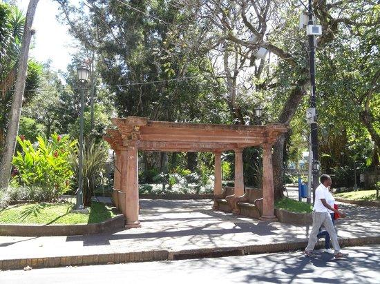 Parque Espana :                   parque España