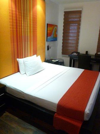 D Villas :                   Royal Suite 3