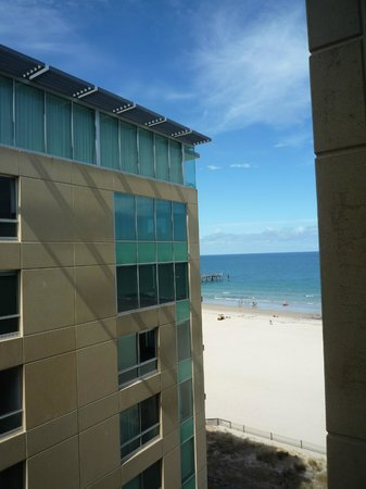 Oaks Plaza Pier Apartment Hotel: View