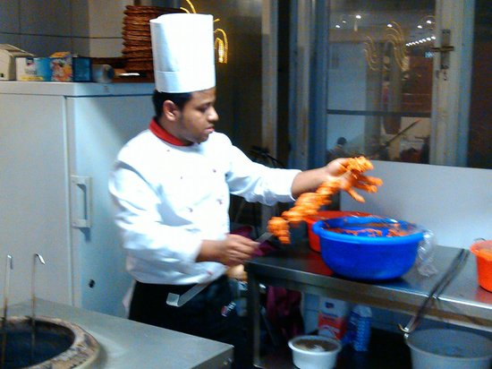 Flavours: getting ready chicken tikka to cook in the tandoor