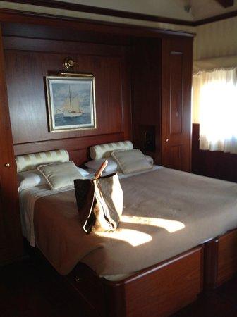 Hotel Bucintoro:                   Camera Matrimoniale n404