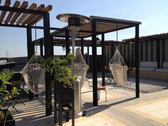 Flor de Mayo Hotel and Restaurant :                   terraza